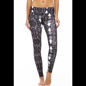 Fabletics Powerhold Mid Rise Kaleidoscope Leggings